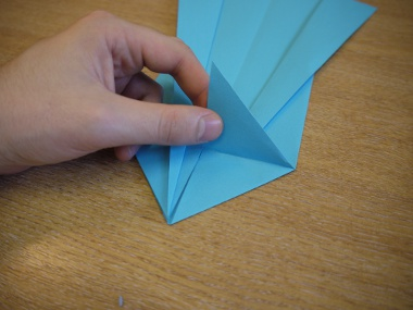 Paper Aeroplanes: The Merlin - Step 11b