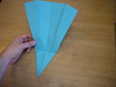 Paper Aeroplanes: The Merlin - Step 16a