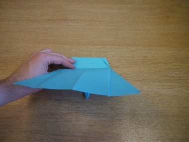 Paper Aeroplanes: The Merlin - Step 17a