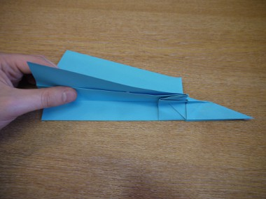 Paper Aeroplanes: The Merlin - Step 20a