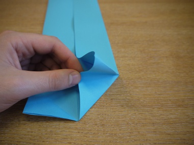 Paper Aeroplanes: The Merlin - Step 7c