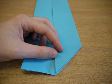 Paper Aeroplanes: The Merlin - Step 7e
