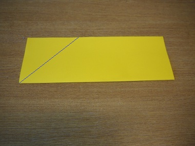 How to make a paper aeroplane: The Streamer 3