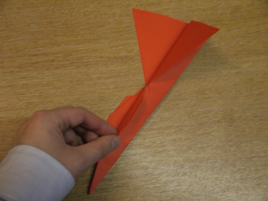 Paper Aeroplanes: The Spyder - Step 15a